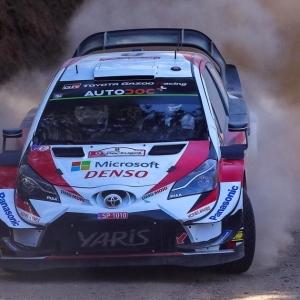 Toyotat kolmoisjohdossa Portugalin MM-rallissa 💪😎